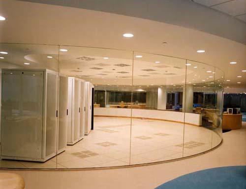 Rounded glass partition 1