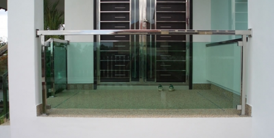 Stainless steel with glass balcony balustrade